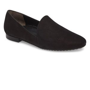 Paul Green black Naomi loafer flat